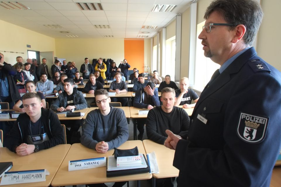 Polizeischüler in Berlin