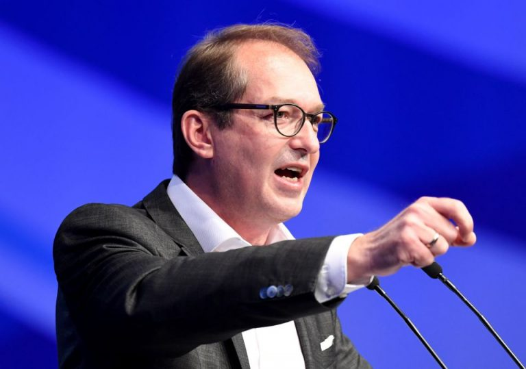 CSU-Landesgruppenchef Alexander Dobrindt: Die AfD sei auf dem besten Weg, die neue NPD zu werden