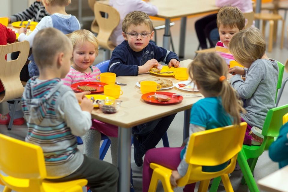 Kinder in einer Kita in Schwerin Foto: picture alliance/ dpa-Zentralbild