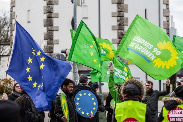 Grünen-Anhänger