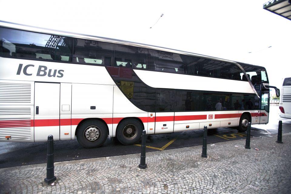 Bus der Deutschen Bahn