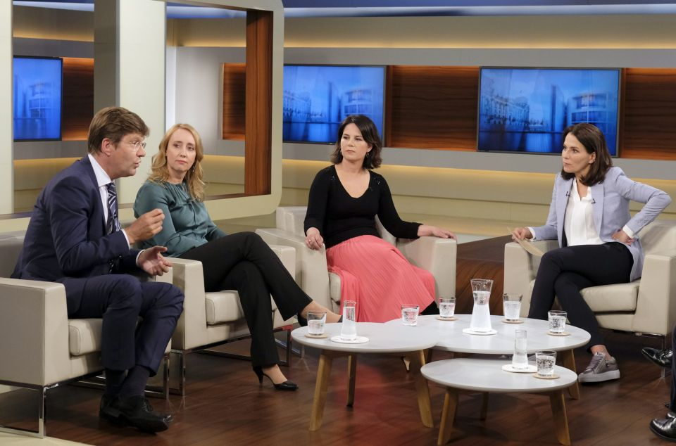 Christoph Schwennicke (v.l.) Melanie Amann, Annalena Baerbock (Grüne), Anne Will