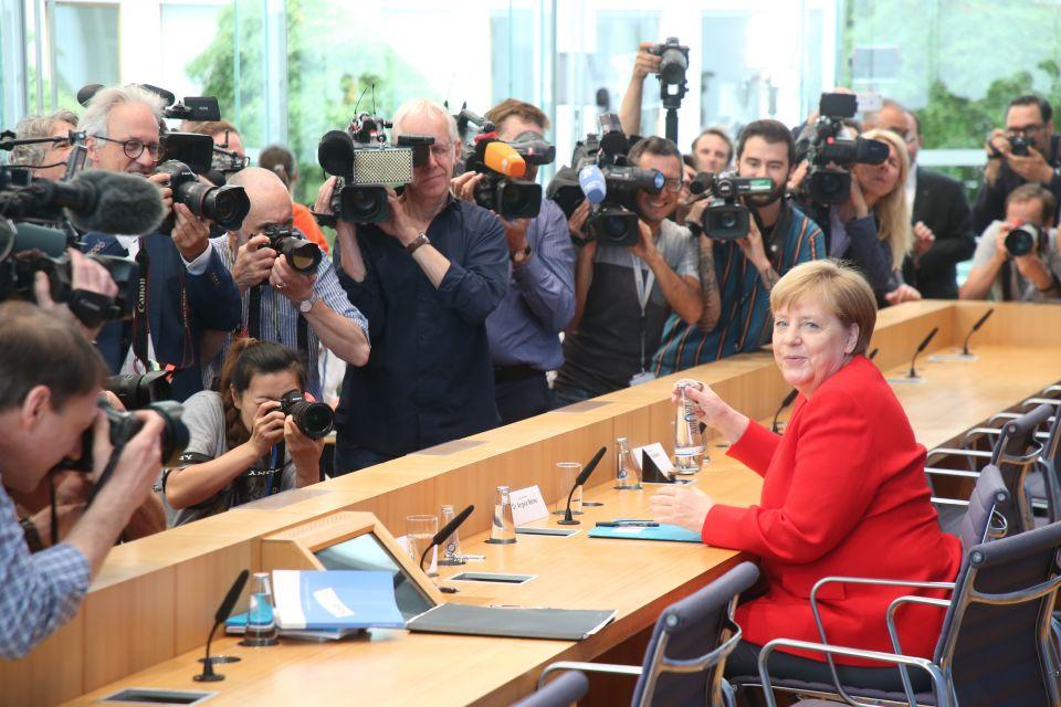 Bundeskanzlerin Angela Merkel am Freitag bei der Bundespressekonferenz Foto: picture alliance/Wolfgang Kumm/dpa