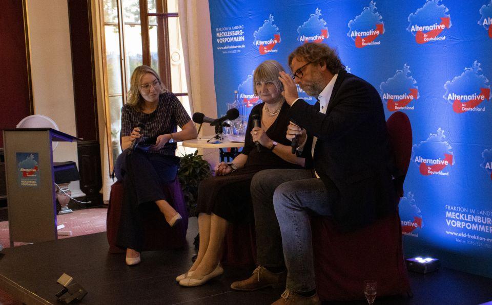 Johanna Menzel (v.l.), Vera Lengsfeld, Michael Seidel