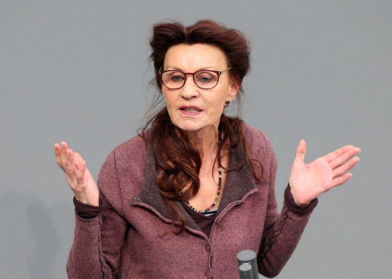 Die innenpolitische Sprecherin der Linksfraktion, Ulla Jelpke Foto: picture alliance/ dpa