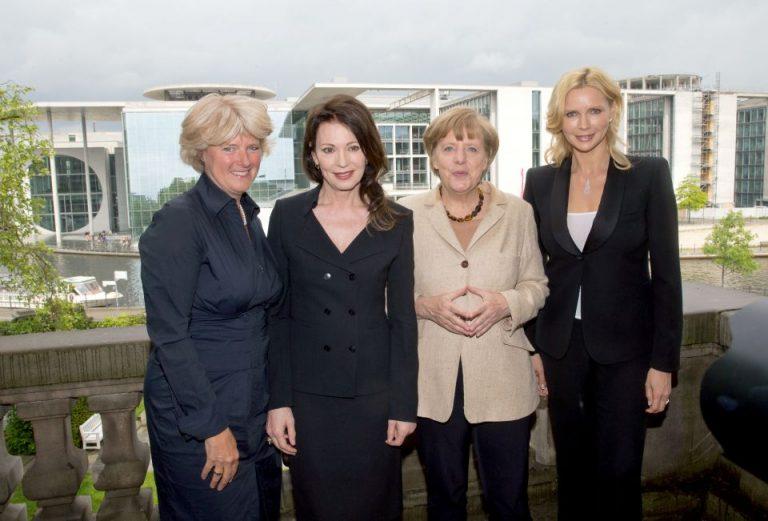 Merkel und Schauspielerinnen