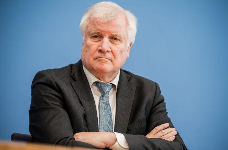 Bundesinnenminister Horst Seehofer (CSU) will sich dafür einsetzen, daß künftig zumindest Gefährder und Straftäter nach Syrien abgeschoben werden könne