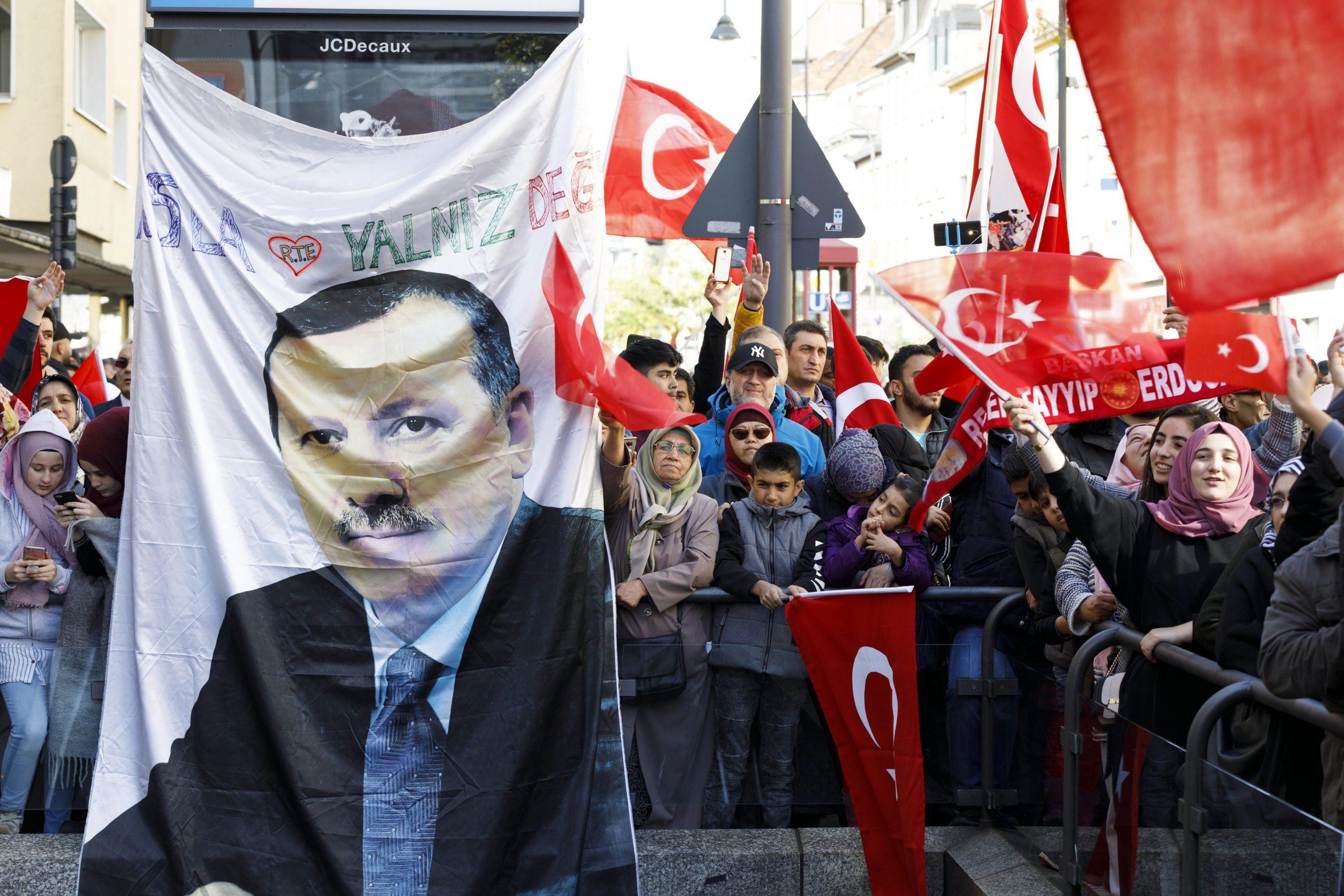 Erdogan-Anhänger demonstrierten anläßlich des Staatsbesuch des türkischen Präsidenten Recep Tayyip Erdogan in Köln 2018 Foto: picture alliance/Geisler-Fotopress