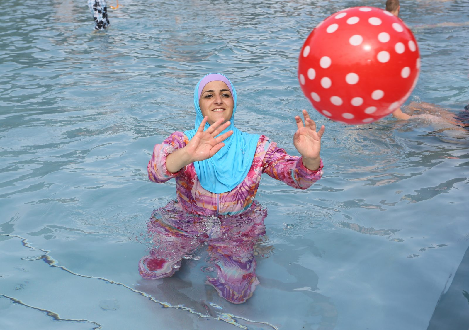Frau in Burkini