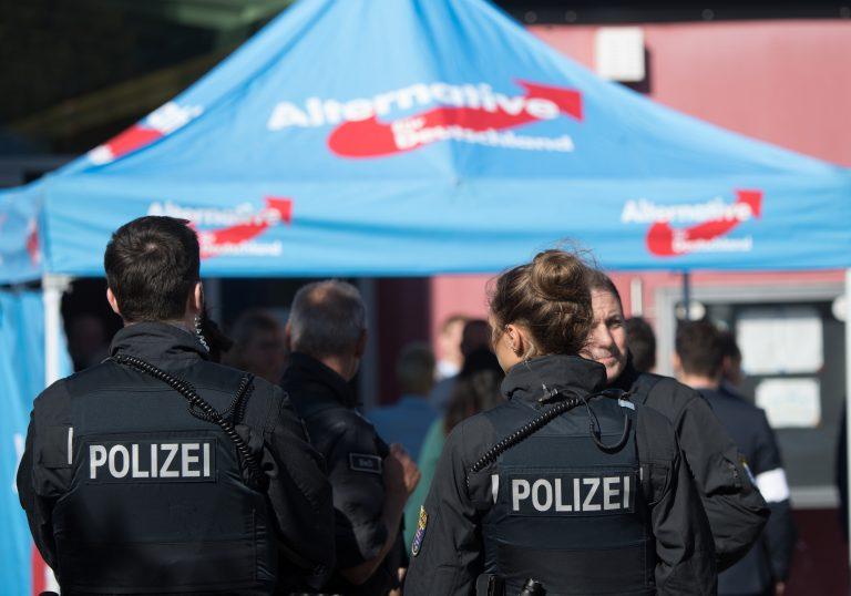 Polizei bei AfD-Veranstaltung