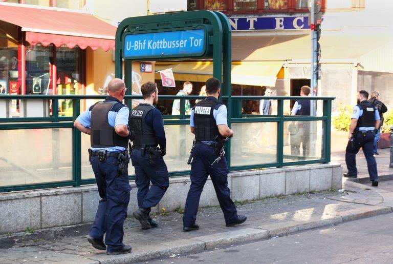 Polizei am Kottbusser Tor