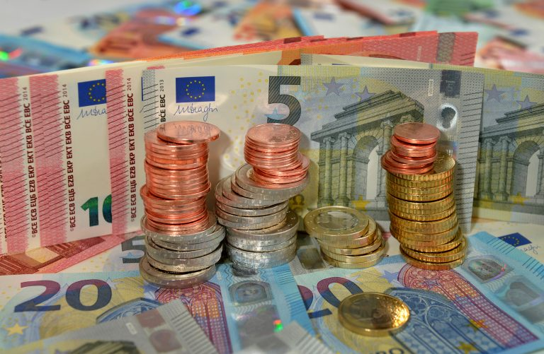 Centmuenzen Euromuenzen Euroscheine