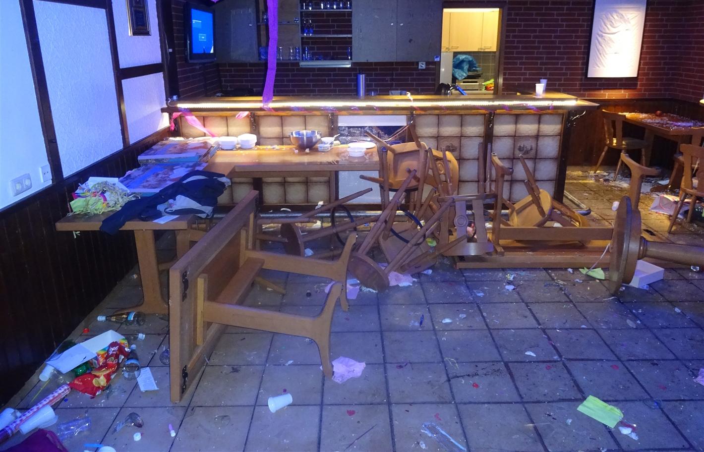 Überfall in Bochumer Vereinsheim: Auch Geburtstagsgeschenke gestohlen Foto: Polizei Bochum