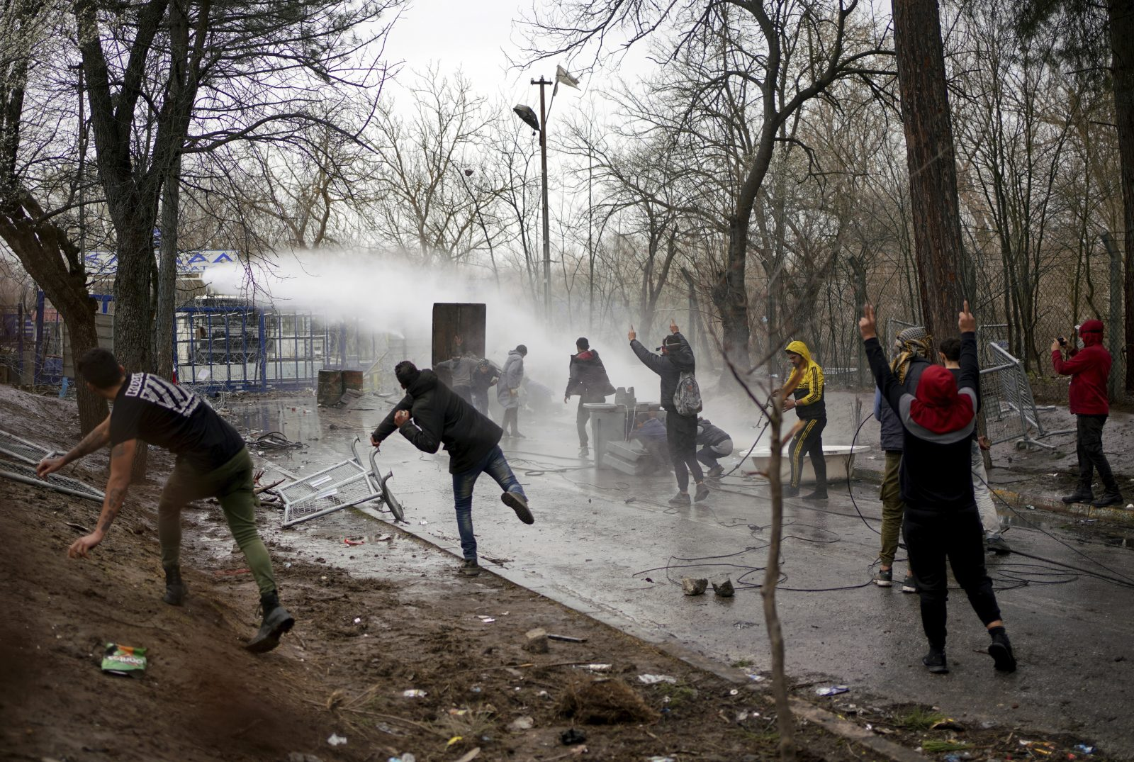 Einwanderer an der Grenze bei Kastanies