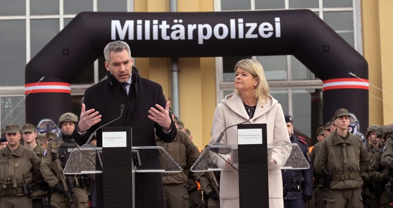 Karl Nehammer und Klaudia Tanner (beide ÖVP)