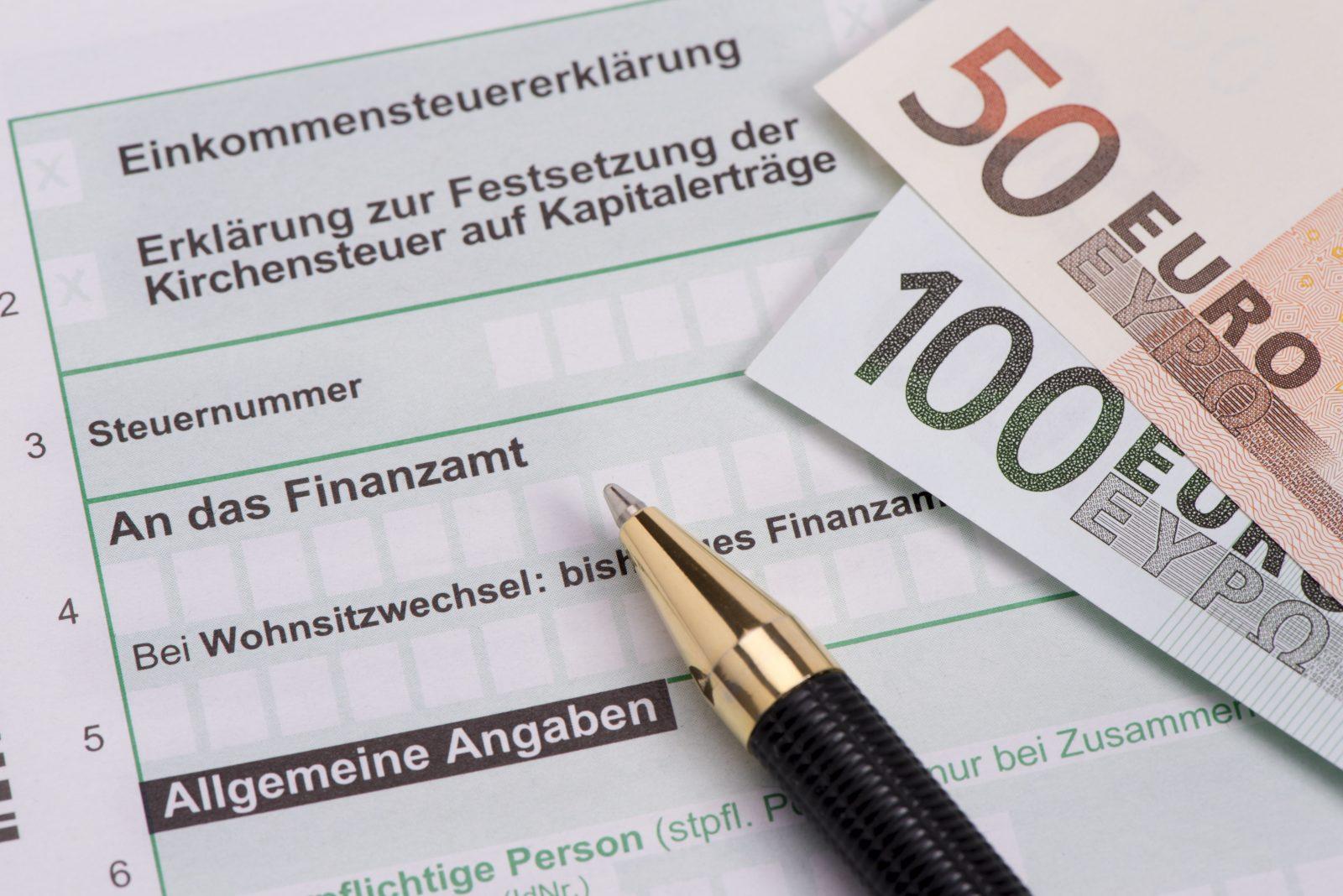 Kirchensteuer auf der Einkommenserklärung für das Finanzamt.