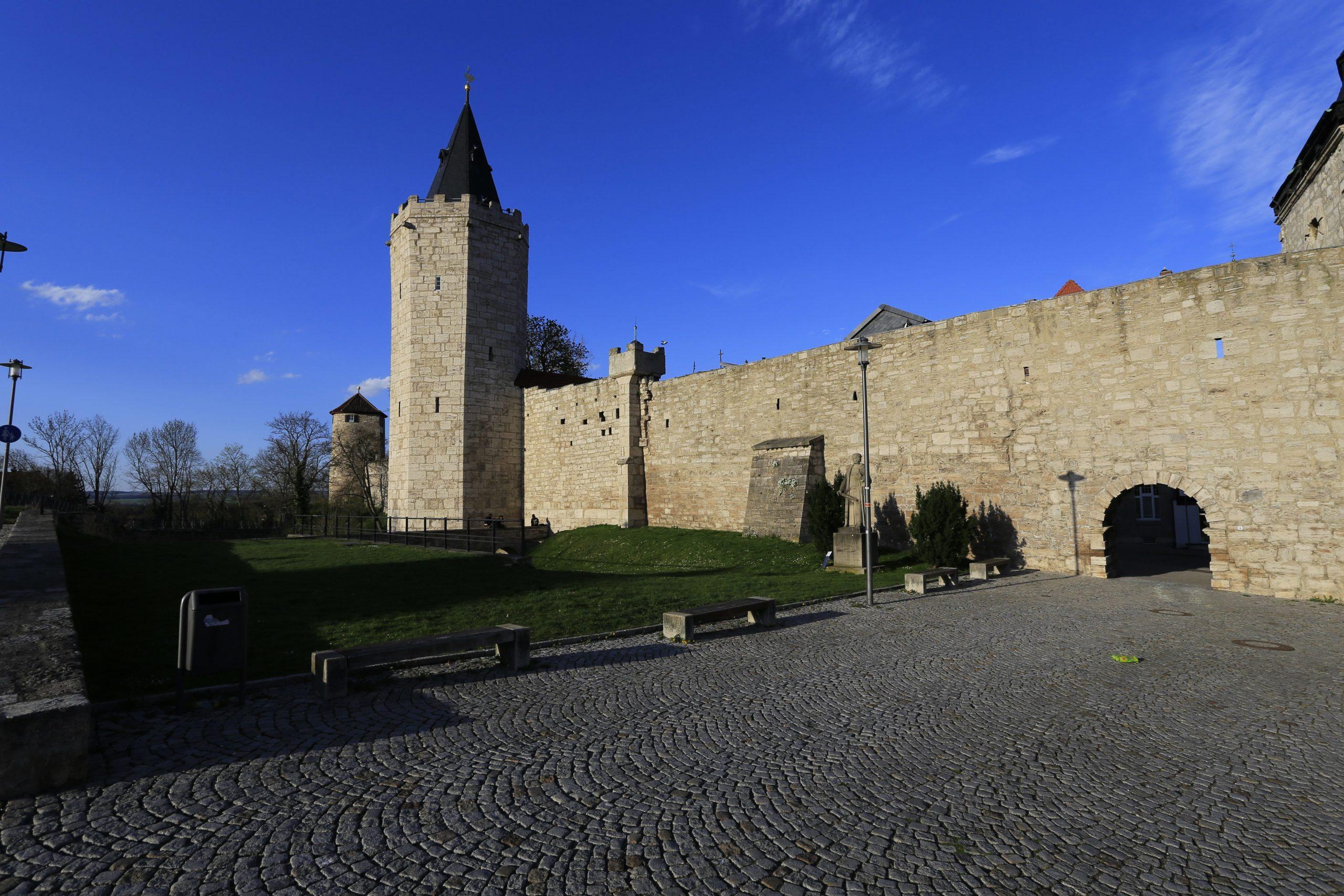 Stadtmauer von Mühlhausen: Vor den Toren der Stadt wurde der Reformator Thomas Müntzer hingerichtet Foto: picture alliance