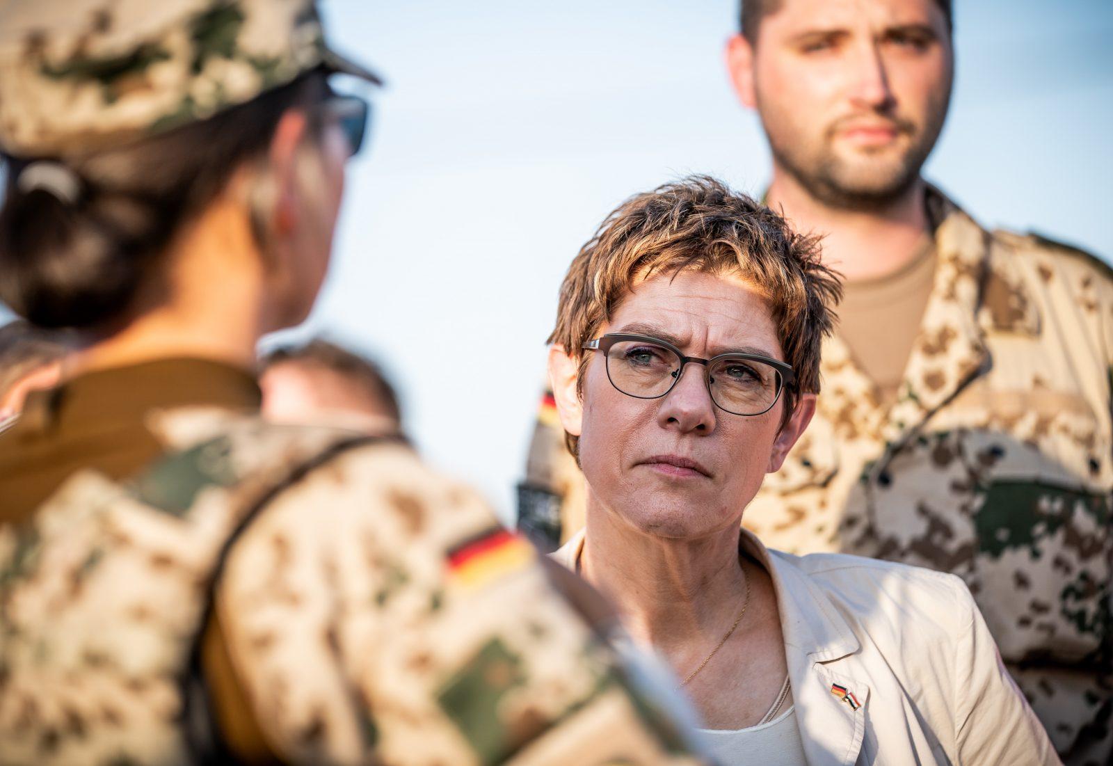 Verteidigungsministerin Annegret Kramp-Karrenbauer (CDU) Foto: picture alliance/Michael Kappeler/dpa