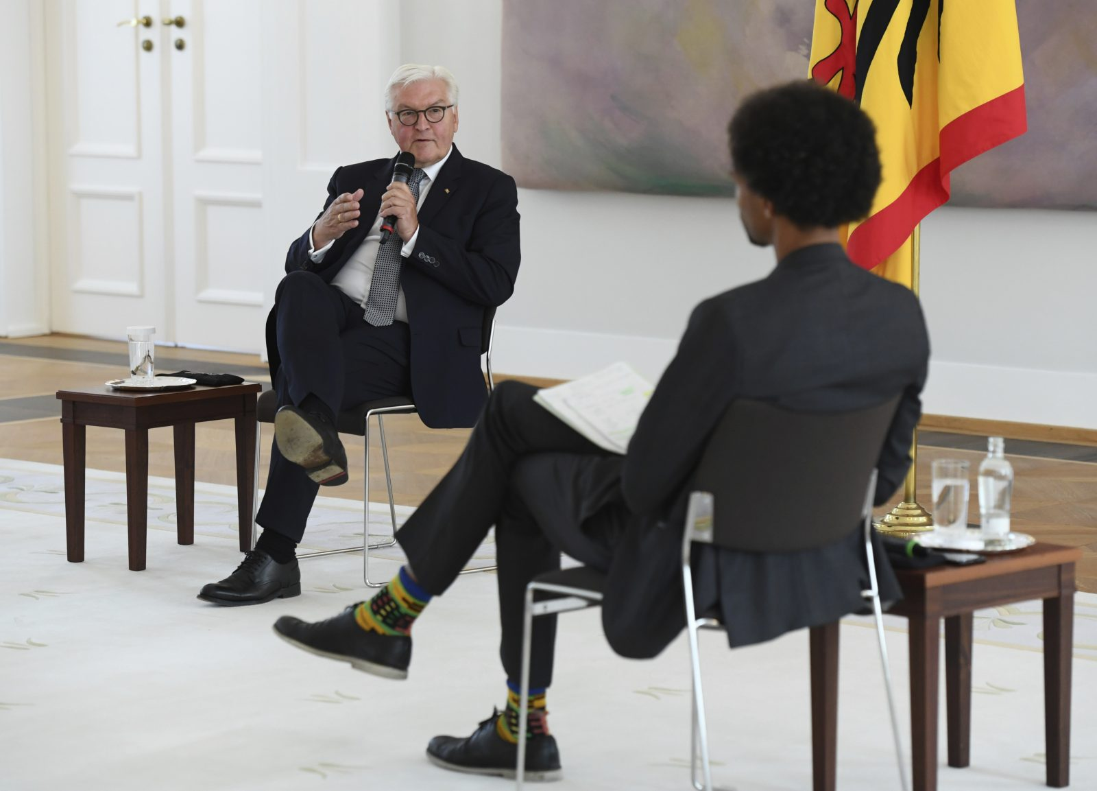 Frank-Walter Steinmeier und Daniel Gyamerah Foto: picture alliance / AP Photo