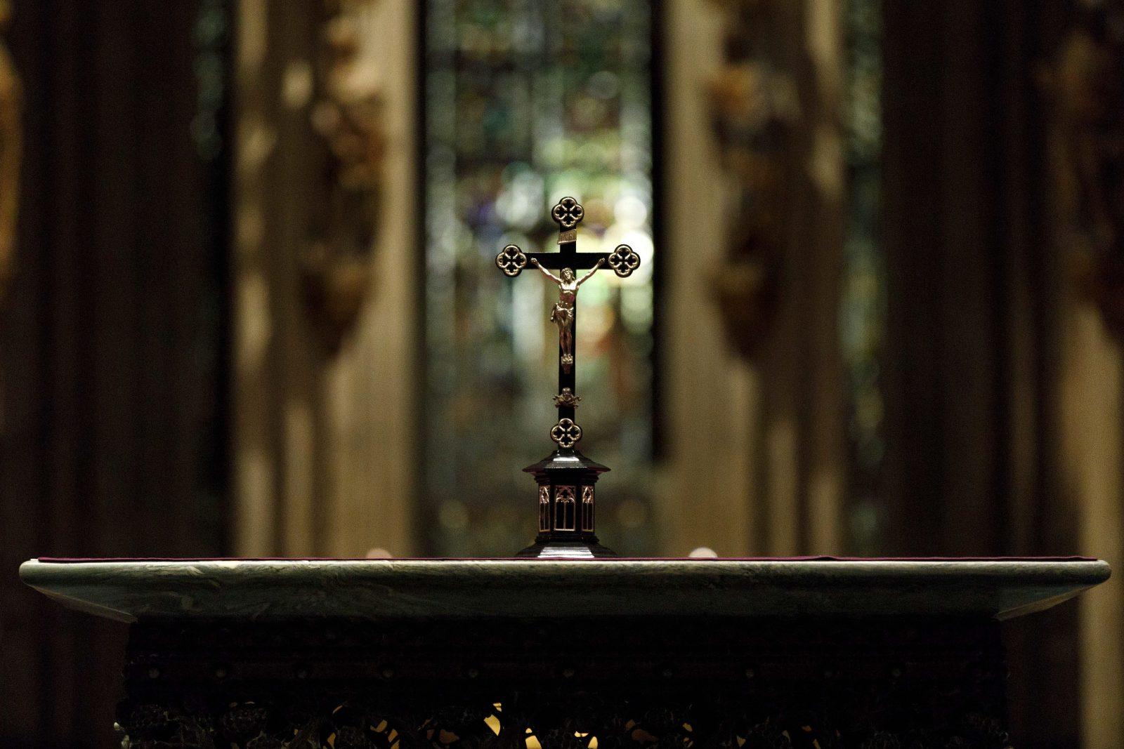 Altar im Kölner Dom Foto: picture alliance/Geisler-Fotopress