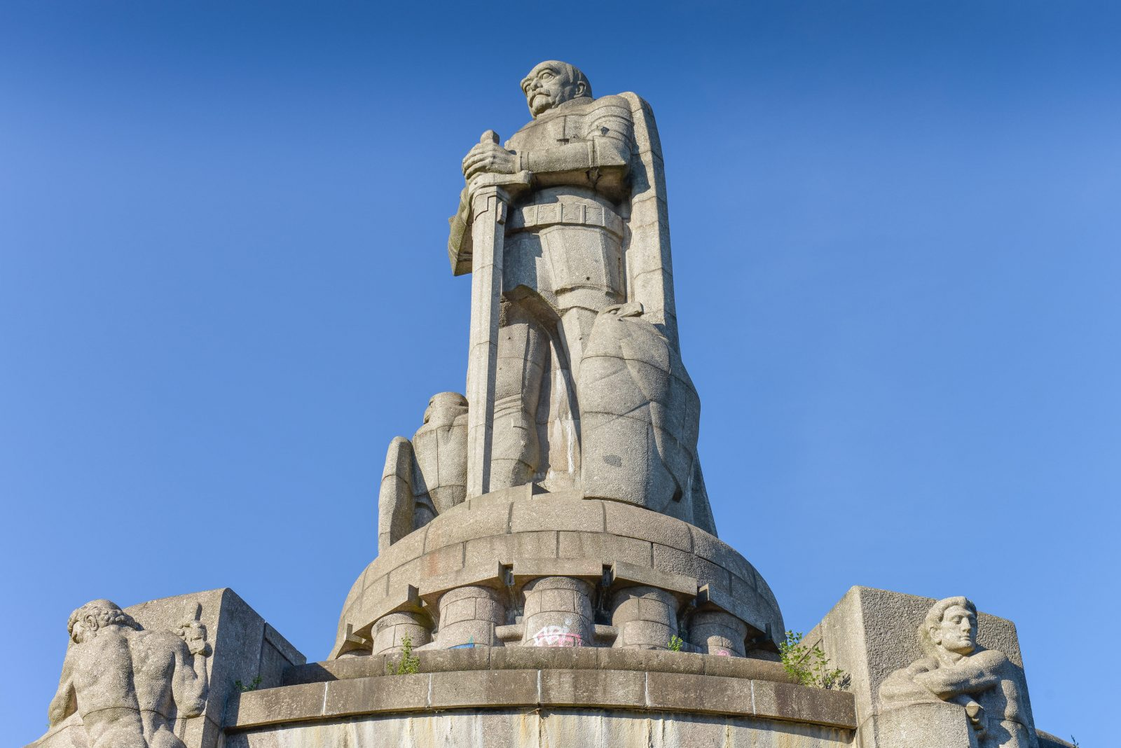 Das Bismarckdenkmal in Hamburg gerät in die Kritik Foto: picture alliance/Bildagentur-online