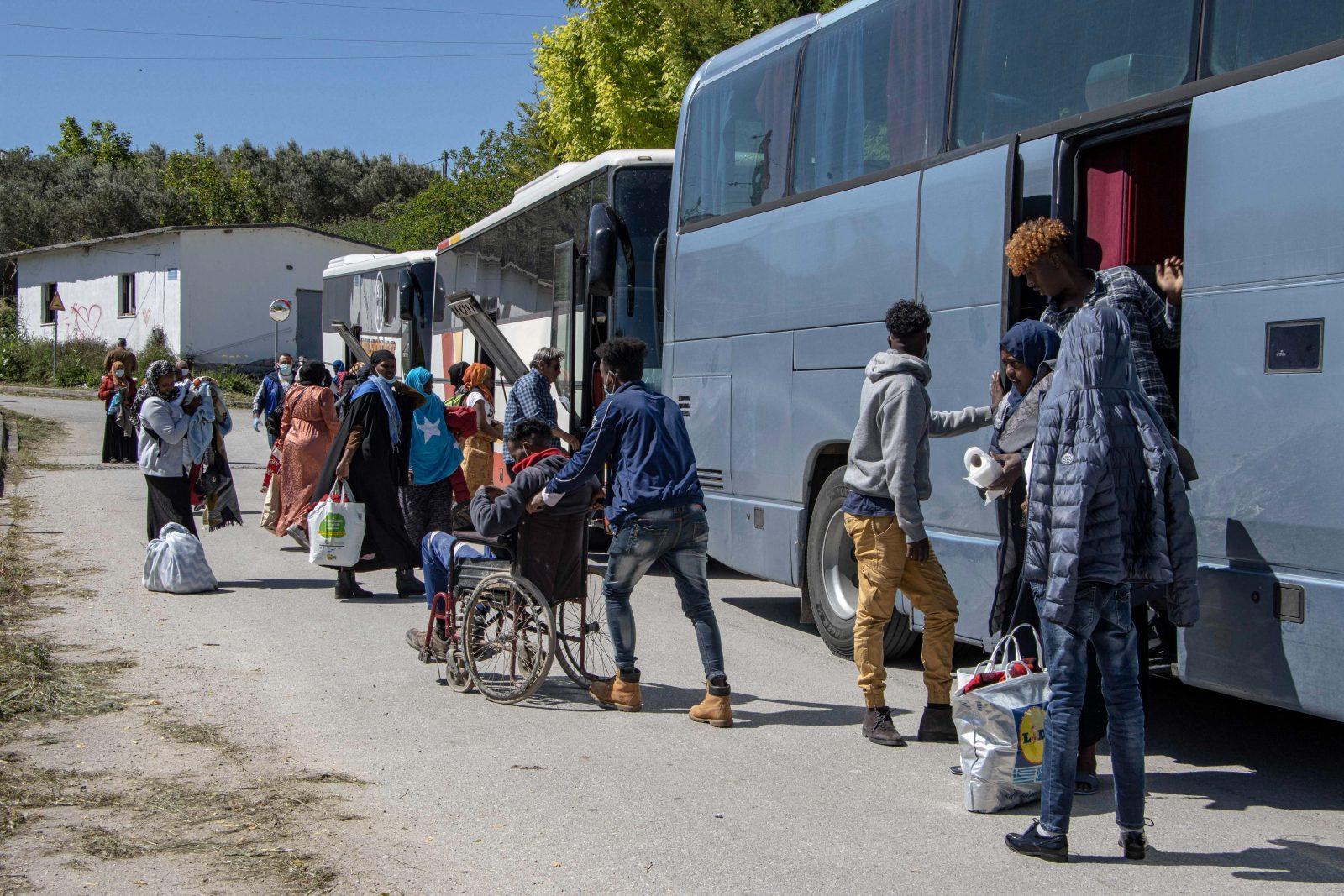 Migranten aus Afrika im Flüchtlingslager Moria in Griechenland Foto: picture alliance / NurPhoto