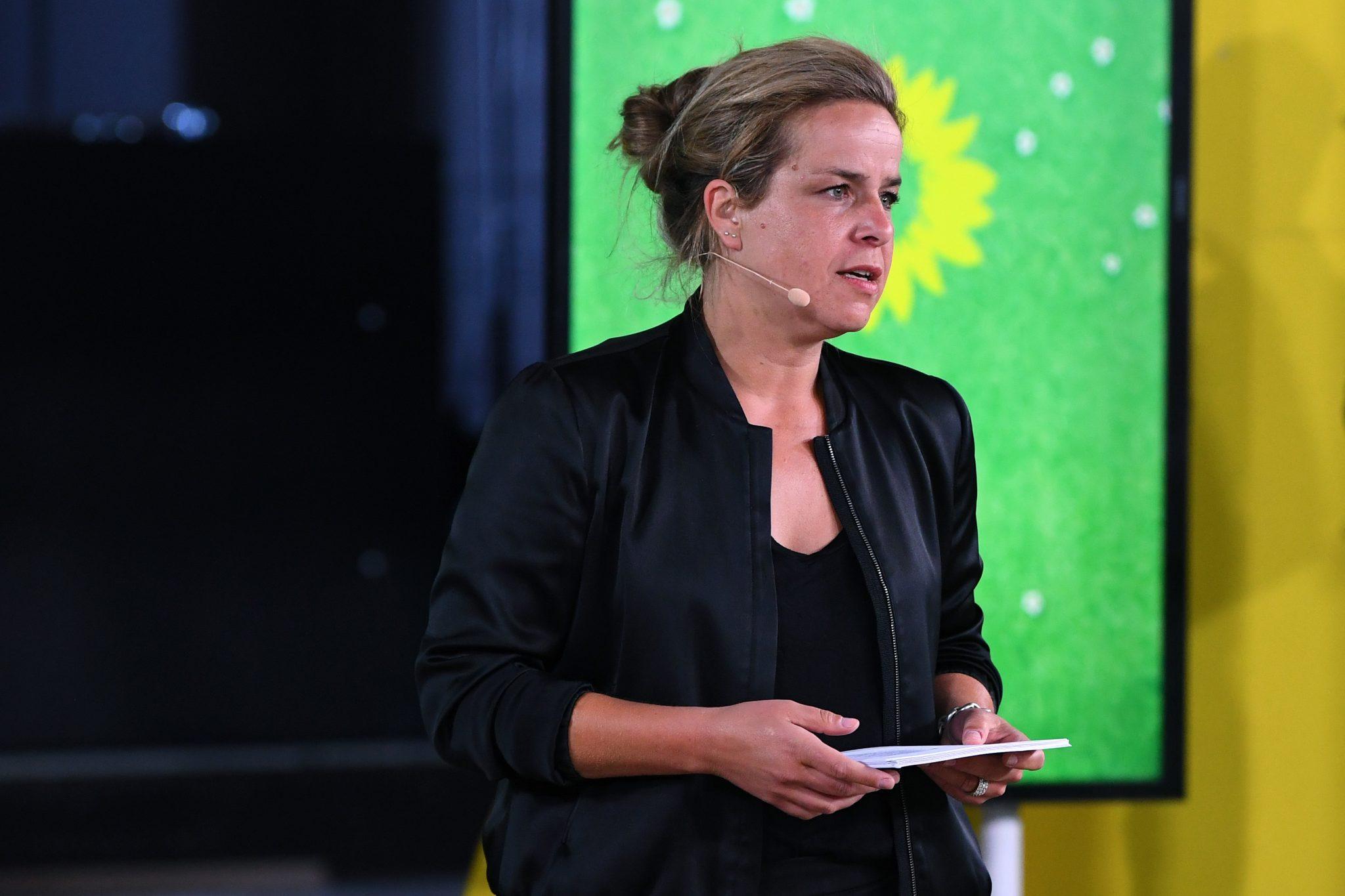 Die nordrhein-westfälische Grünen-Landesvorsitzende Mona Neubaur lehnt die Nomierung der Bielefelder Grünen ab Foto: picture alliance/Revierfoto/Revierfoto/dpa