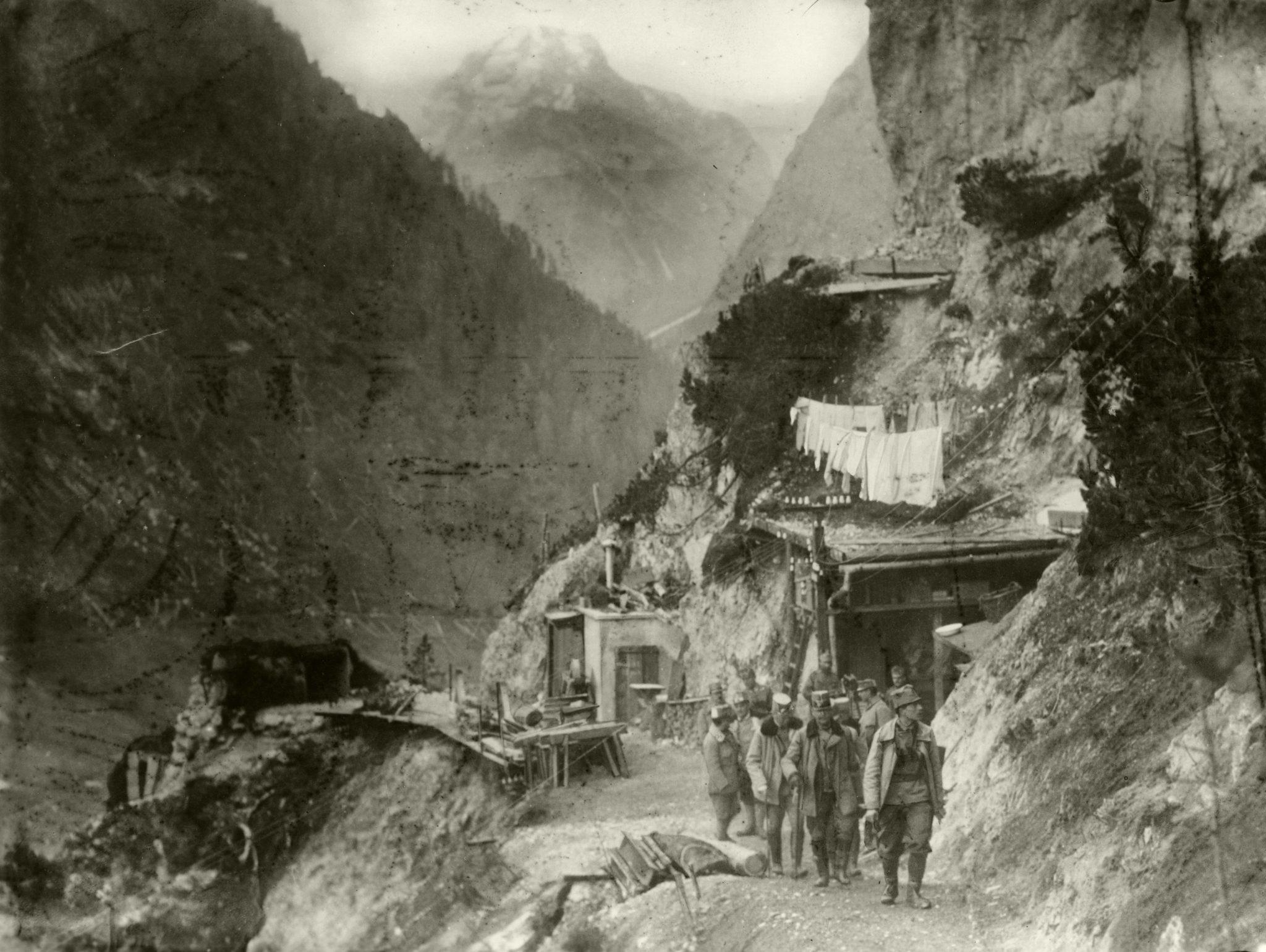 Österreichisch-ungarische Stellung in den italienischen Alpen während des Ersten Weltkriegs Foto: picture alliance/akg-images