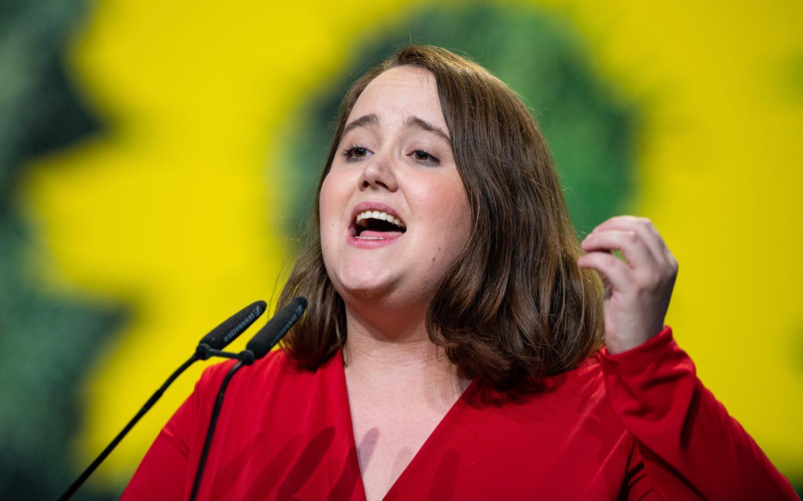 Die Vize-Vorsitzende der Grünen, Ricarda Lang, macht die AfD für Frauenhaß im Internet verantwortlich Foto: picture alliance/Guido Kirchner/dpa