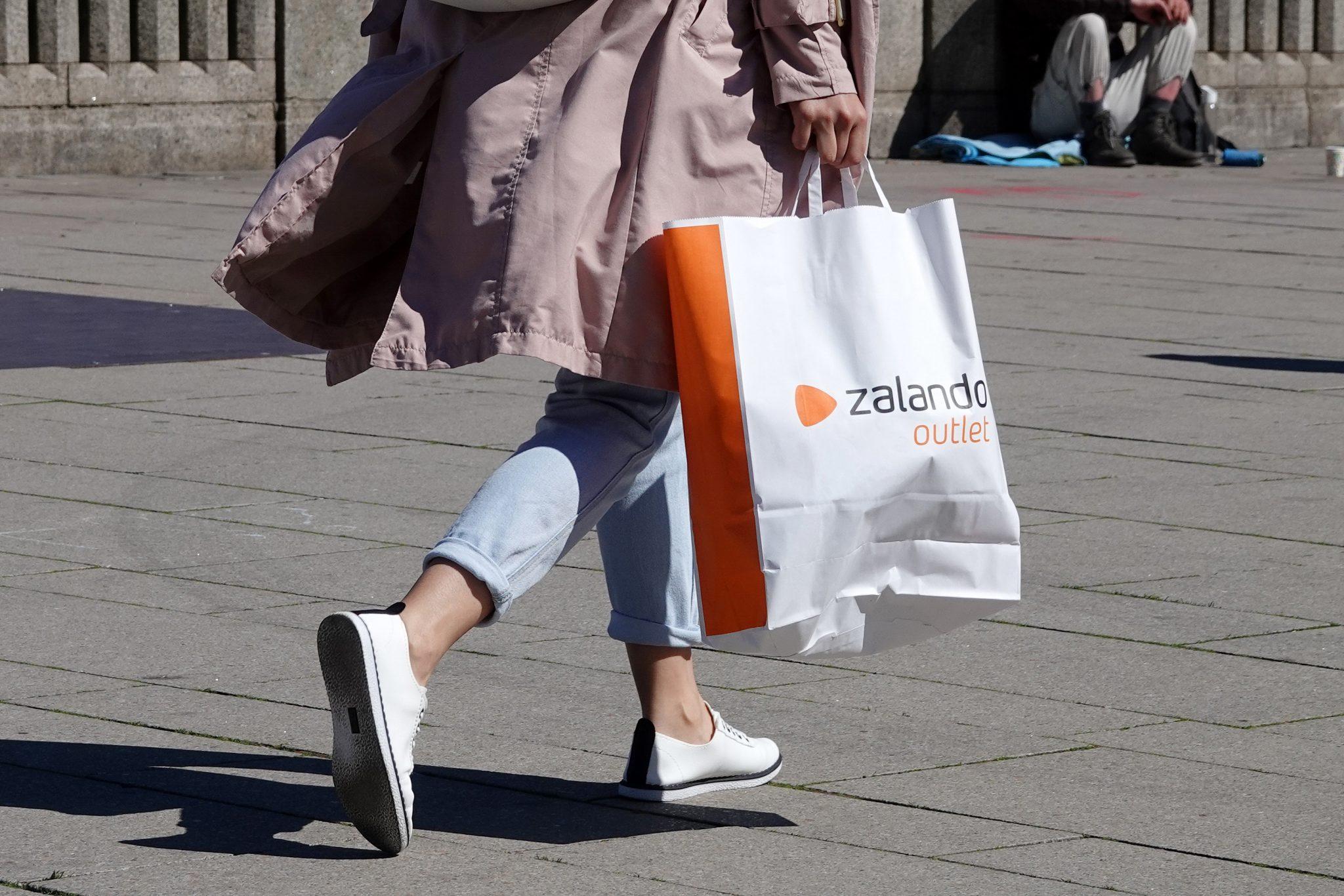 Zalando-Kundin: Unternehmen will gegen Rassismus vorgehen Foto: picture alliance/Bodo Marks/dpa