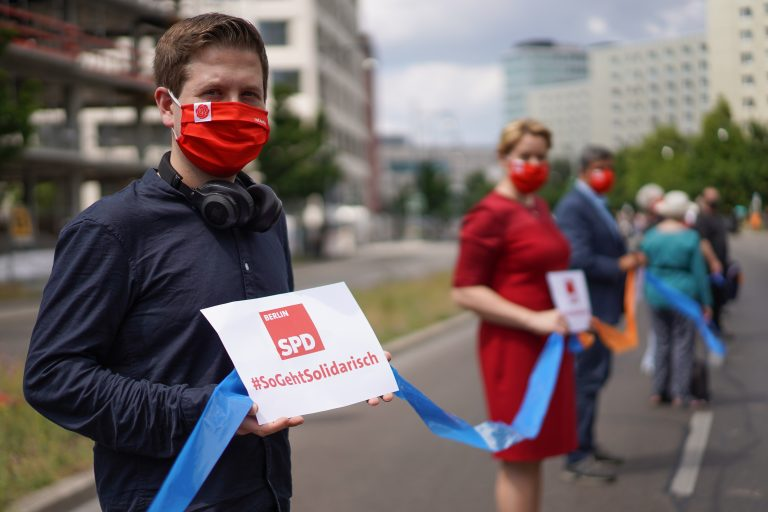 Juso-Chef Kevin Kühnert (SPD) will für den Bundestag kandidieren Foto: picture alliance/Jörg Carstensen/dpa