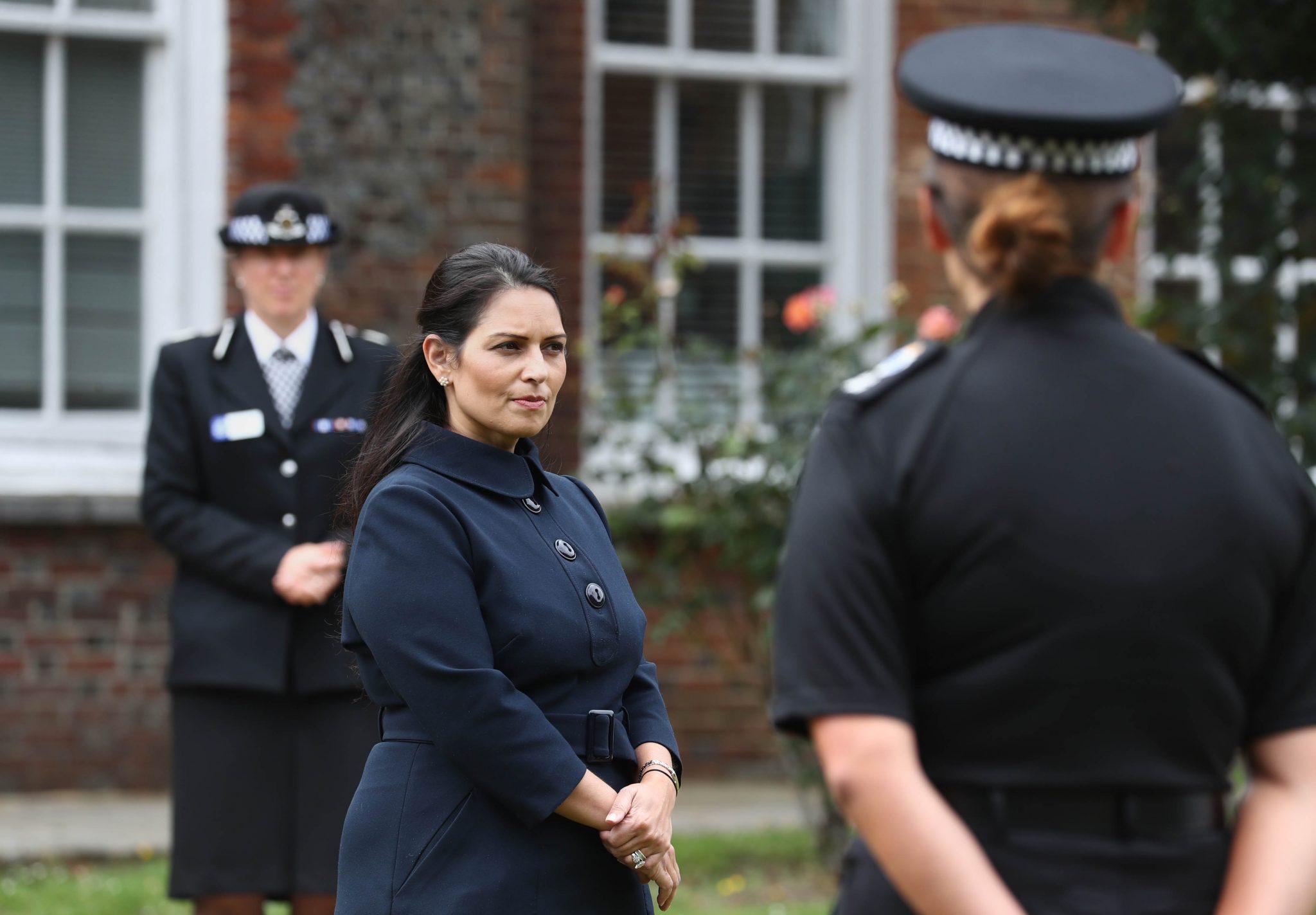Die britische Innenministerin Priti Patel will illegale Einreisen verhindern Foto: picture alliance / empics