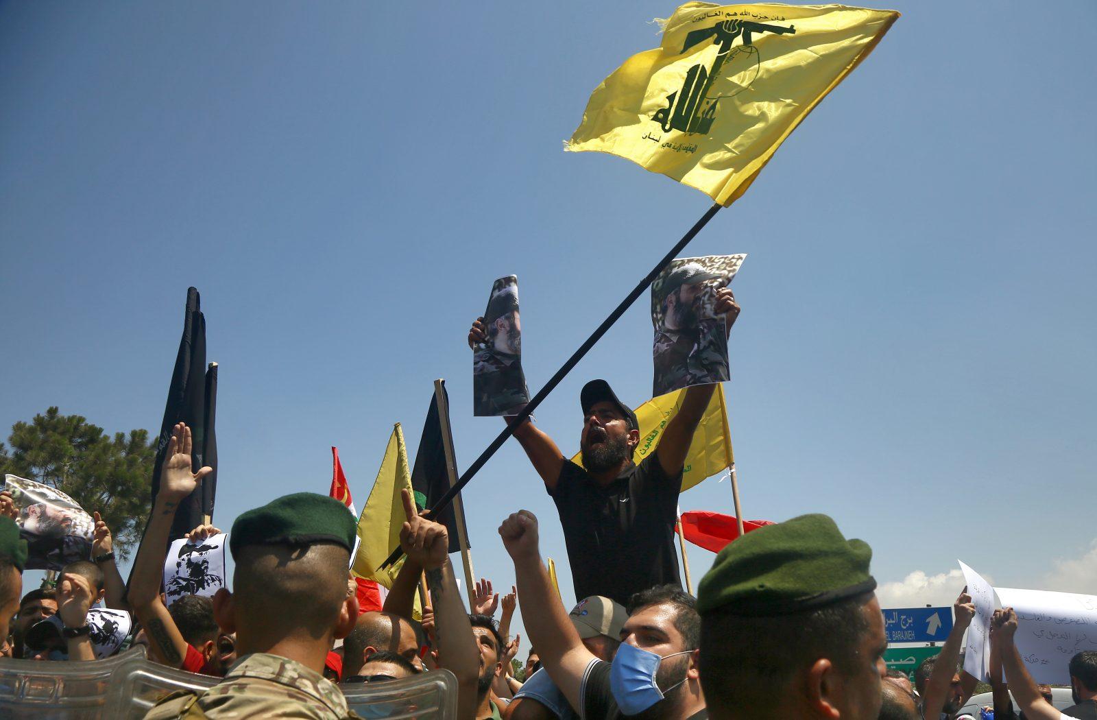 Hisbollah-Anhänger protestieren