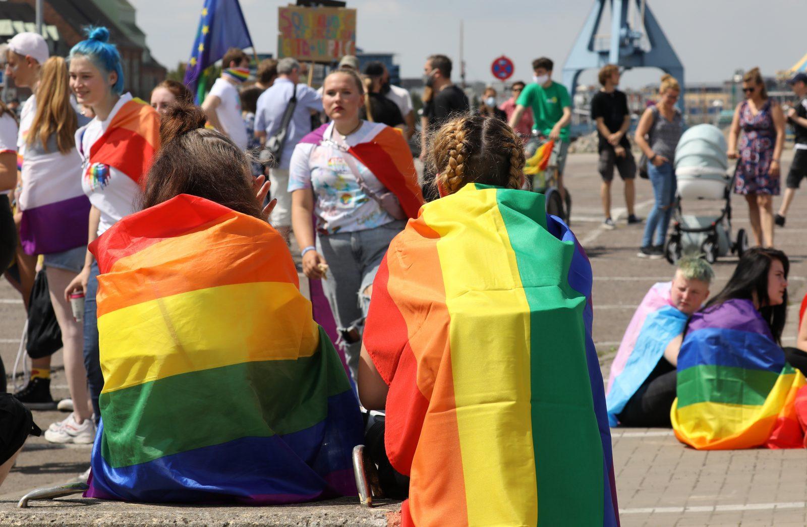 Demonstration anläßlich des Christopher Street Days für sexuelle Vielfalt (Symbolbild) Foto: picture alliance/Bernd Wüstneck/dpa-Zentralbild/dpa