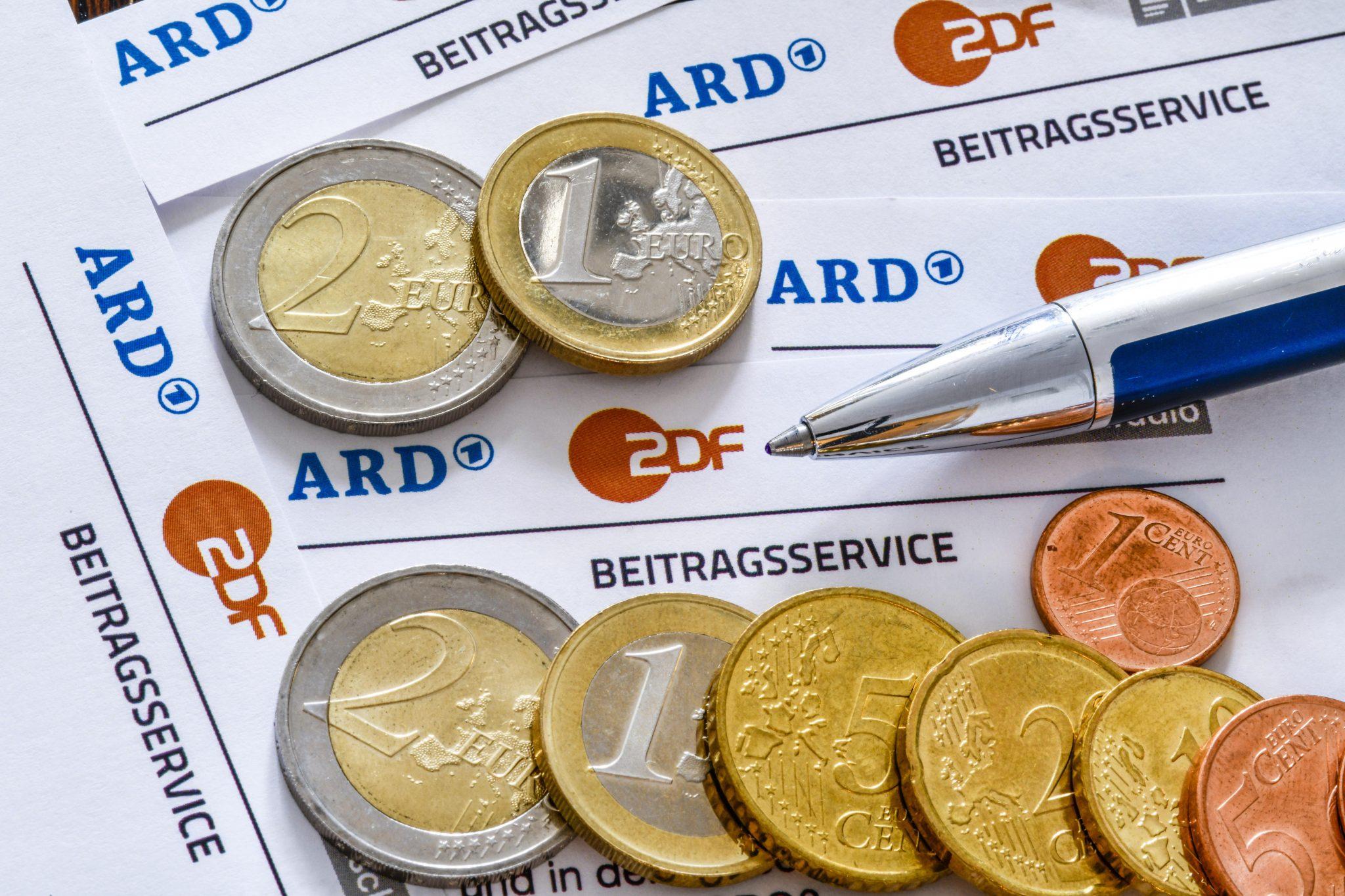Die GEZ-Rebellen können die Gebühren auch bar zahlen (Symbolbild) Foto: picture alliance/Bildagentur-online