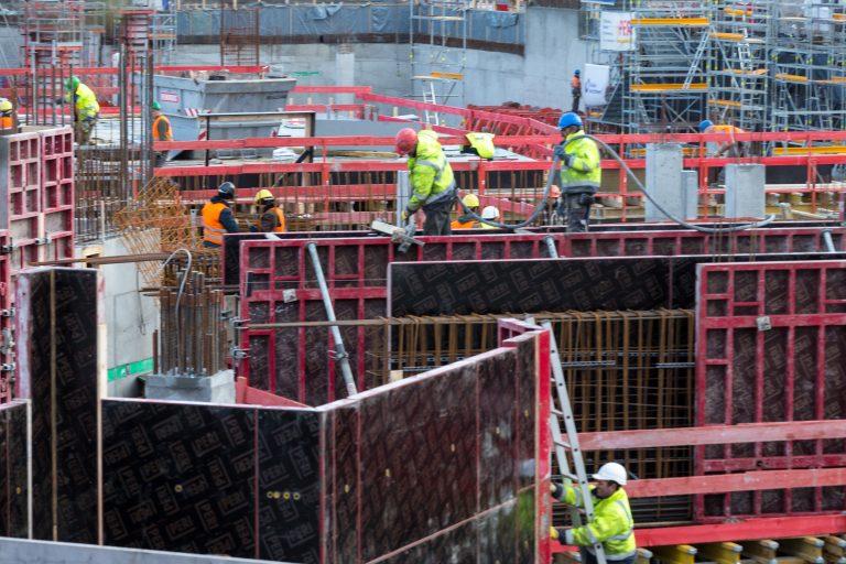 Bauarbeiter in Bonn: Westbalkanregelung sollte Zuwanderung erleichtern