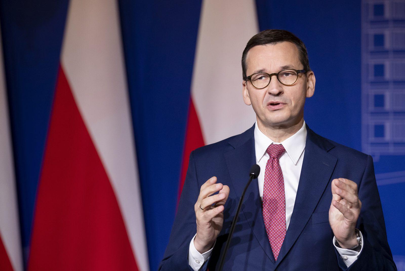 Polens Ministerpräsident Mateusz Morawiecki (PiS) wehrt sich gegen die Vorwürfe Foto: picture alliance / AP Photo