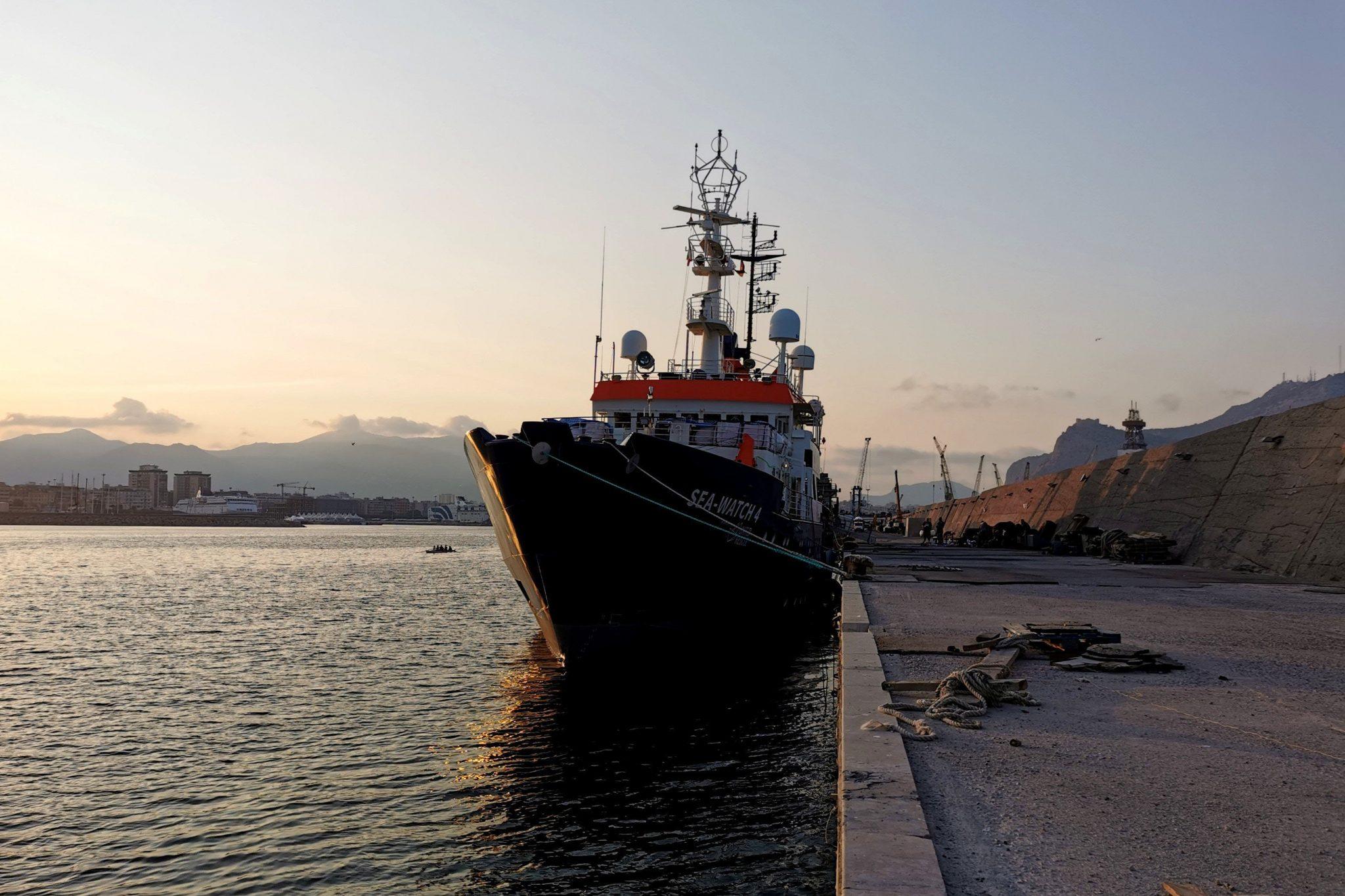 Sea-Watch 4 im Hafen von Palermo