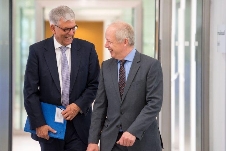 ZDF-Intendant Thomas Bellut (l.) und WDR-Intendant Tom Buhrow Foto: (c) dpa