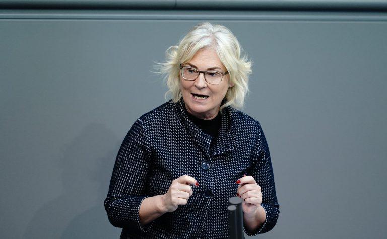 Bundesjustizministerin Christine Lambrecht (SPD) erntet für ihren Gesetzentwurf Kritik Foto: picture alliance/Kay Nietfeld/dpa
