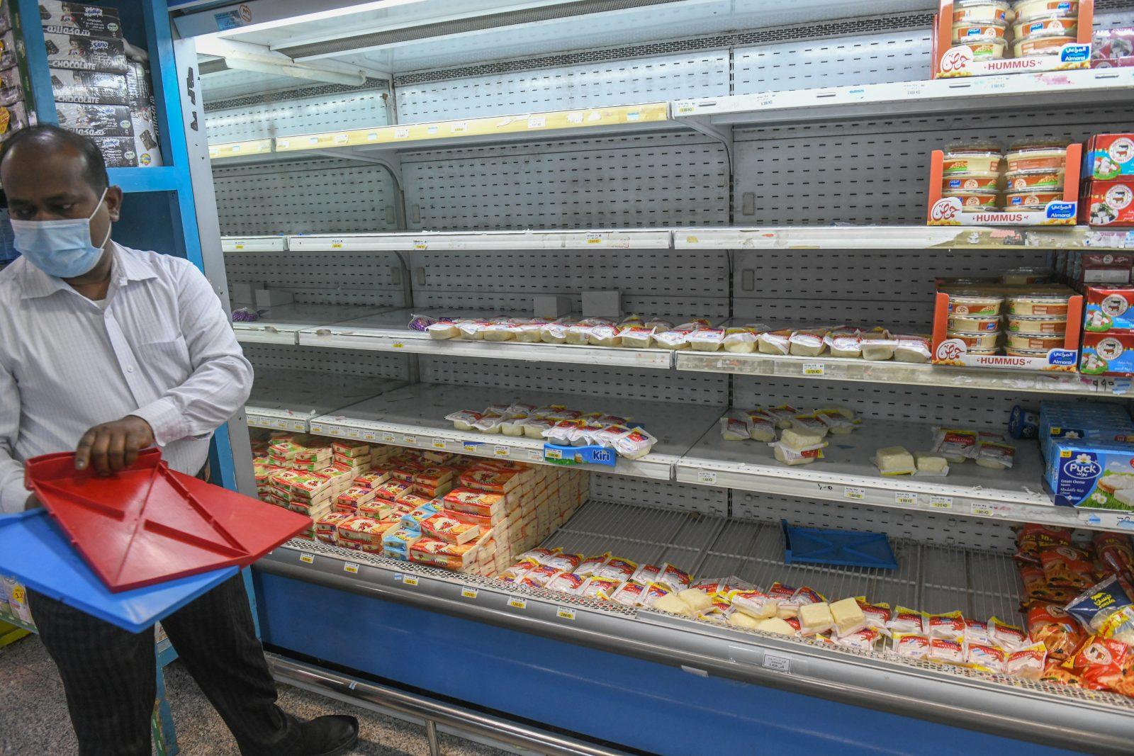 In Kuwait-Stadt werden französische Produkte aus Supermärkten entfernt Foto: dpa/Jaber Abdulkhaleg/AA