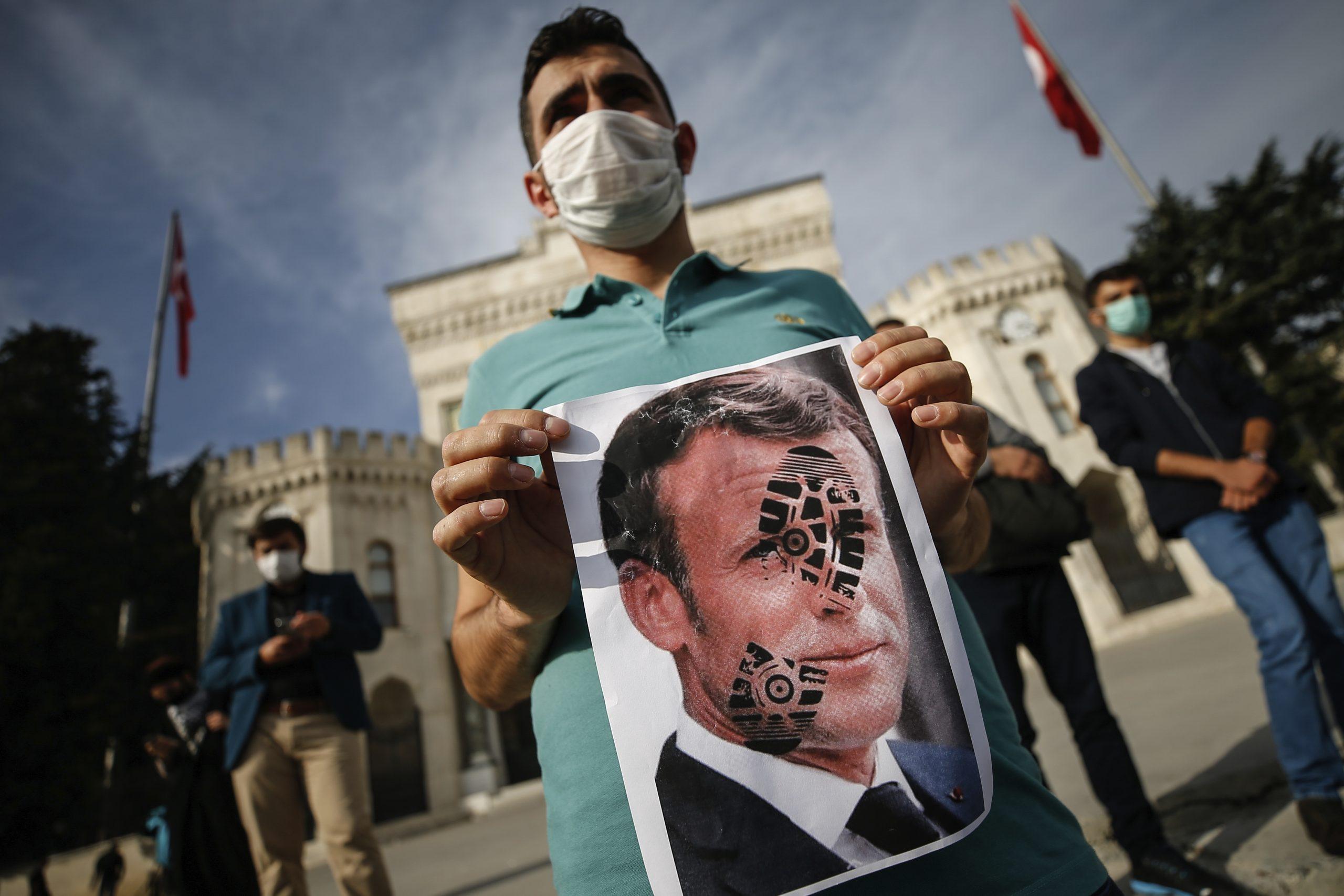 Erdogan-Anhänger protestieren gegen Macron