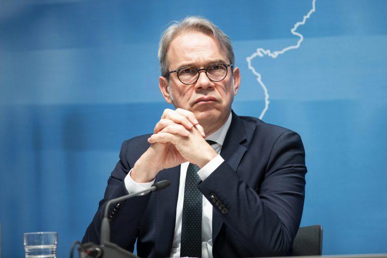Thüringens Innenminister Georg Maier (SPD) will Rechtsextreme stärker unter die Lupe nehmen Foto: picture alliance/Geisler-Fotopress