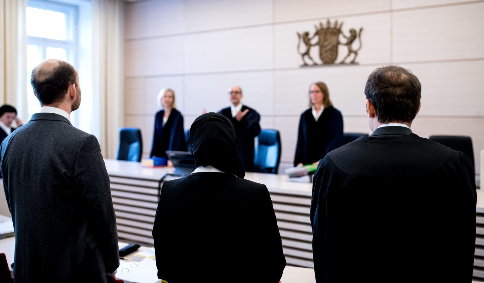 Aqilah S. vor dem Bayerischen Verwaltungsgerichtshof: Streit um Kopftuchverbot