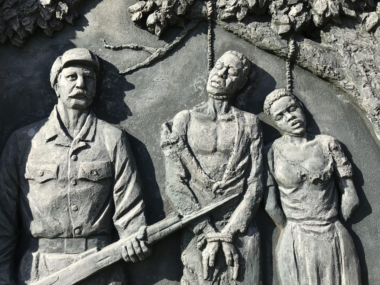 Kolonialismus-Denkmal in der namibischen Hauptstadt Windhoek: Die Grünen fordern eine intensivere Beschäftigung mit der deutschen Kolonialschuld
