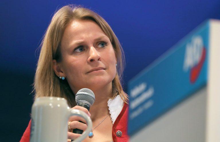 Die bayerische AfD-Landesvorsitzende Corinna Miazga zieht sich vorläufig aus der Politik zurück Foto: picture alliance/Karl-Josef Hildenbrand/dpa