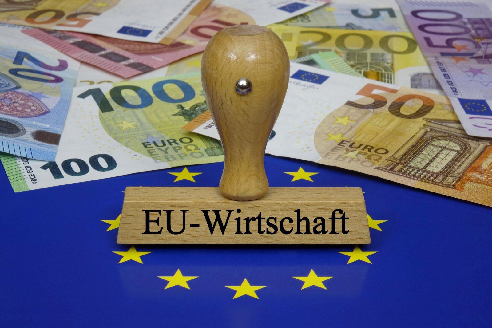 Die EU-Kommission prognostiziert einen Rückgang der EU-Wirtschaftsleistung um 7,4 Prozent