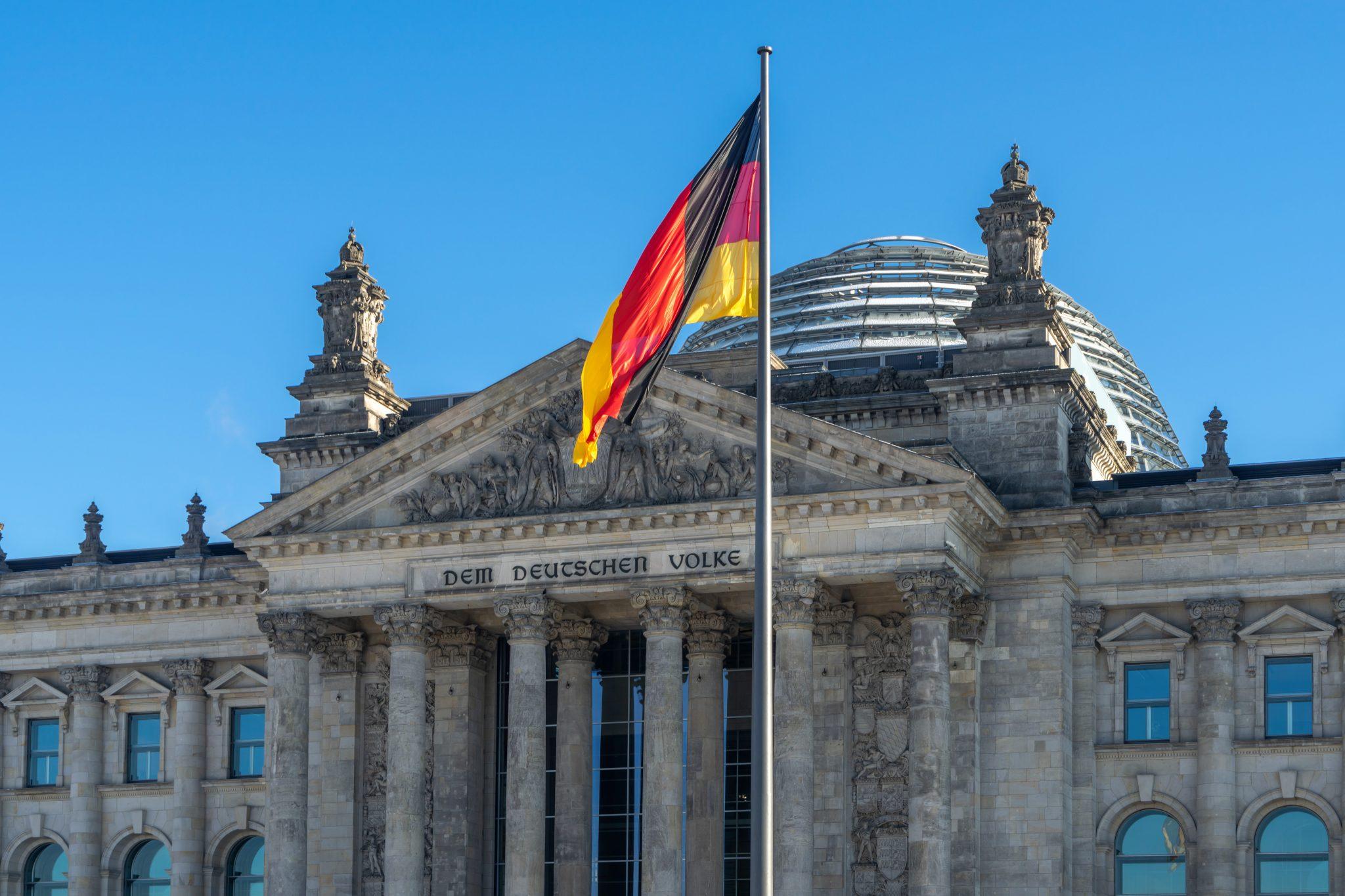 Reichstagsgebäude: Während der Demonstration gegen das Infektionsschutzgesetz kam es zu zu Unruhen im Bundestag