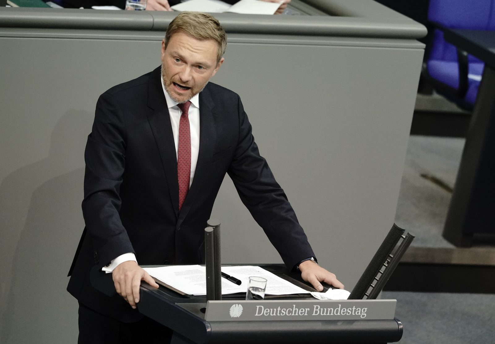 FDP-Chef Christian Lindner attackiert US-Präsident Donald Trump Foto: picture alliance/Michael Kappeler/dpa