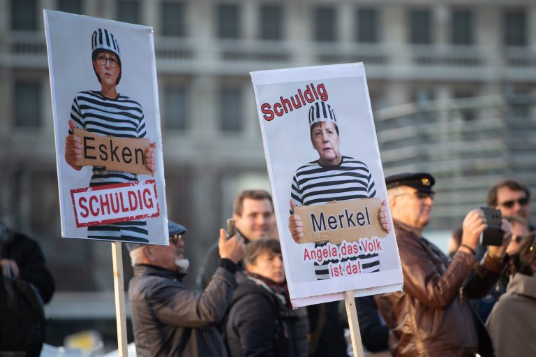 """""""Querdenken""""-Demonstration in Leipzig: Organisation ruft zu Protest gegen Infektionsschutzgesetz auf"""
